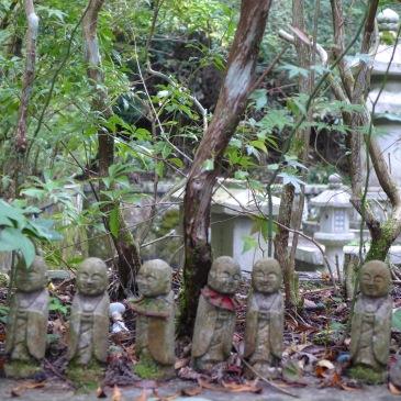 Koya-san, le petit peuple du cimetière de l'Okuno-in